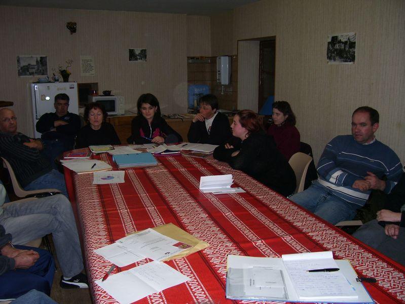 Le Comité des fêtes, réuni en AG dans son local