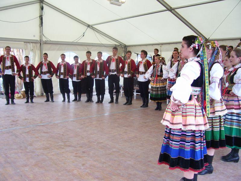 Des jeunes danseurs polonais très sportifs !