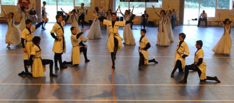 Impressionnants danseurs géorgiens